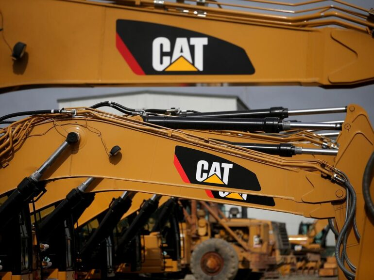 Caterpillar Inc. Closes Chicago Plant and a Layoff of 800 Is Eminent Amid Company Crisis