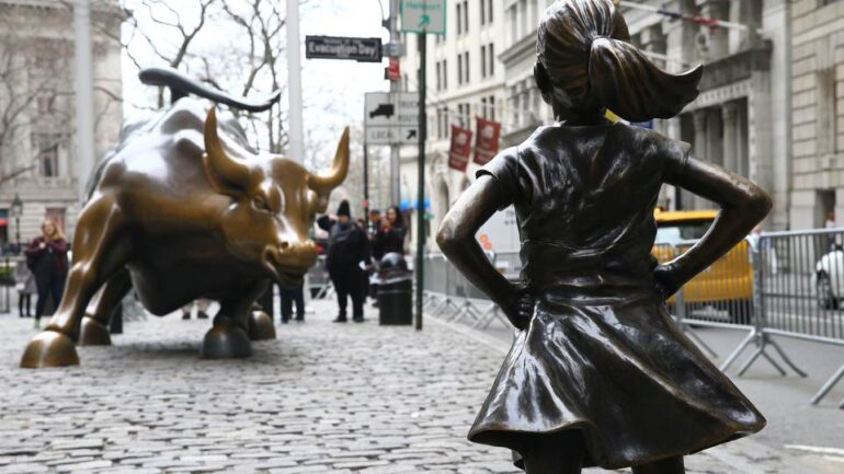 The Wall Street Bull Sculptor Feels That the Fearless Girl Sculpture Changes the Bull's Symbolism