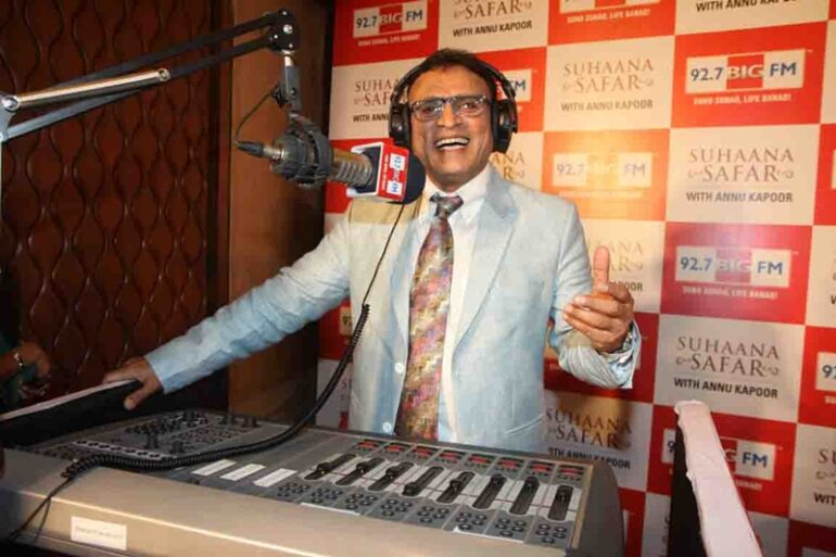 Annu Kapoor hosting a radio show