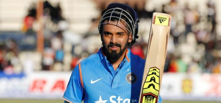 Top 5 famous cricketers with debut ODI centuries