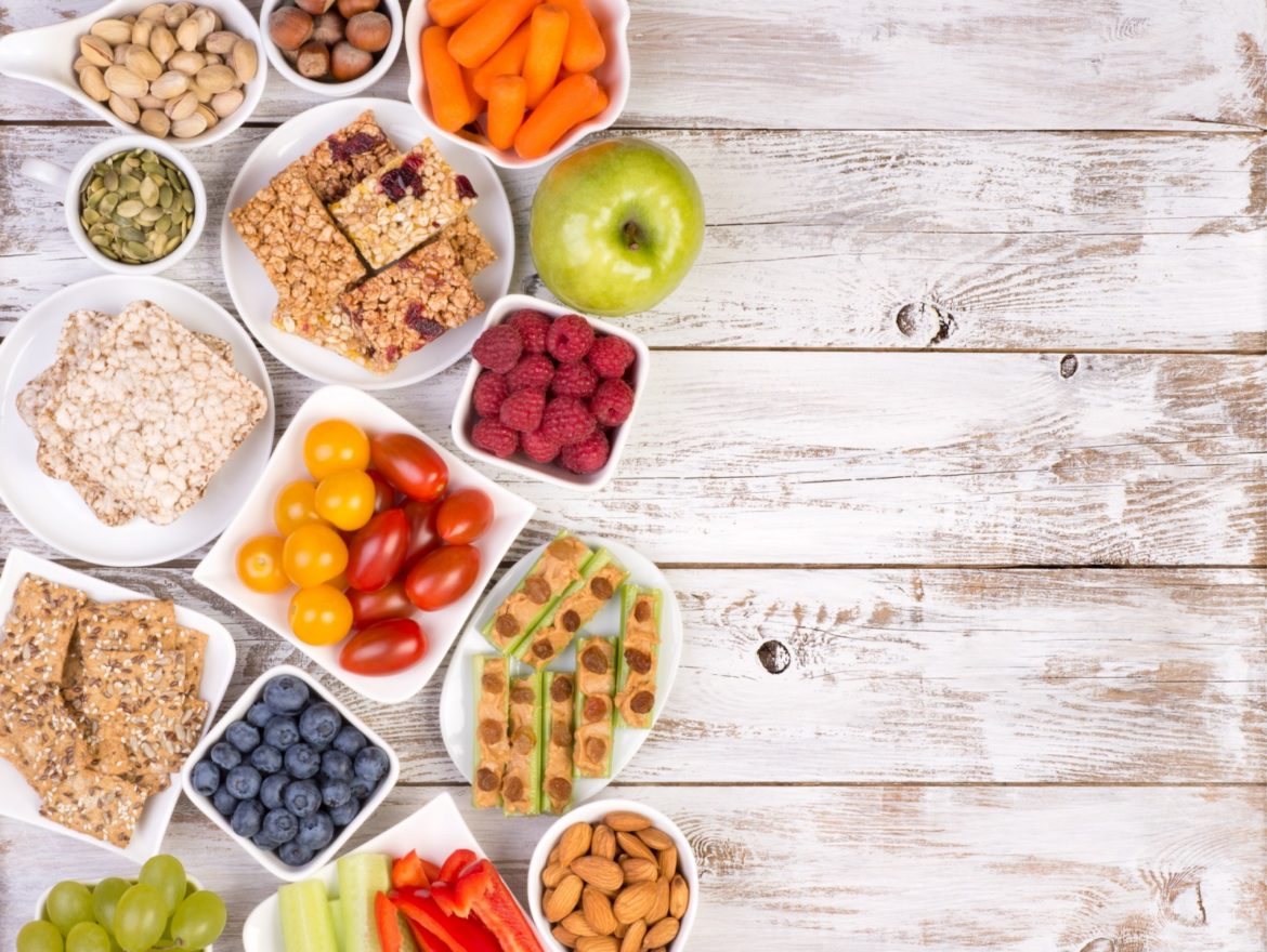 The Ultimate Guide to Healthy and Delicious Snacks for Dieting