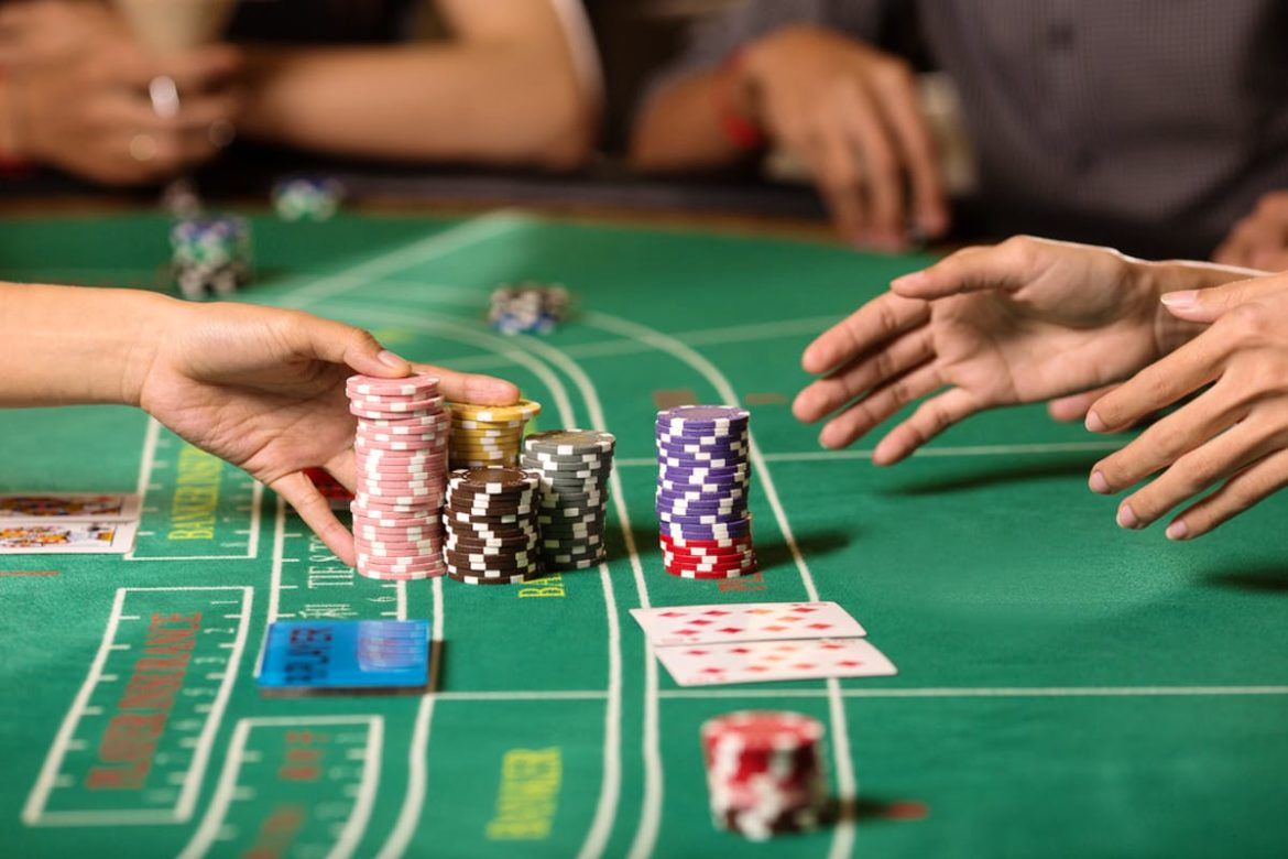 How to play Baccarat in online casino