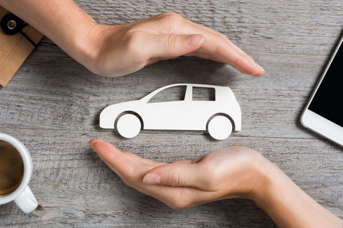 How to find cheap auto insurance for a woman?